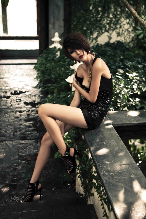 images534833 quyenminh8 Ngọc Quyên: 'Không ai dòm ngó thì còn gì là người mẫu?