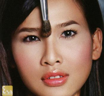 cach trang diem giup mui trong cao hon 1 Cách trang điểm giúp mũi trông cao hơn
