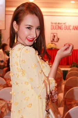 ve dep cua sao viet thoi hien dai 2 266x400 Vẻ đẹp của sao Việt thời hiện đại