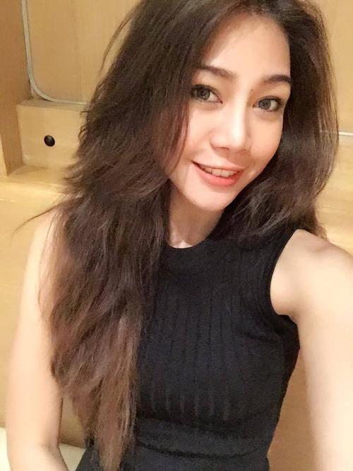 1455611494 1455605306 kapook world 8634732 Bất ngờ với vòng eo 46 cm của hot girl Thái Lan